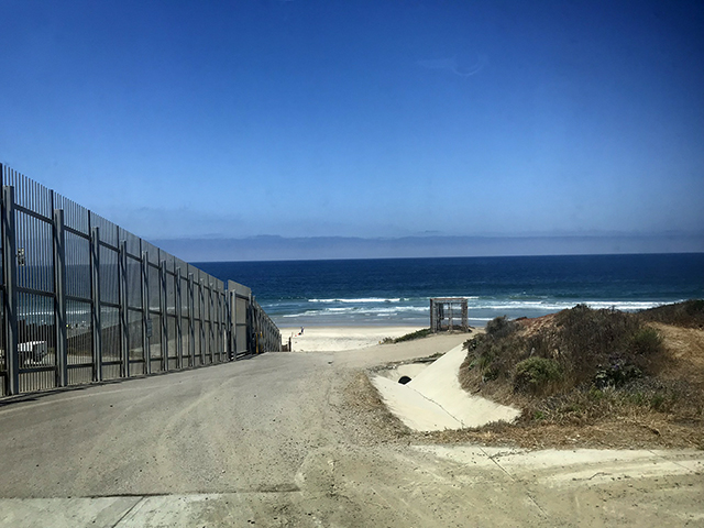 Border between US and Mexico