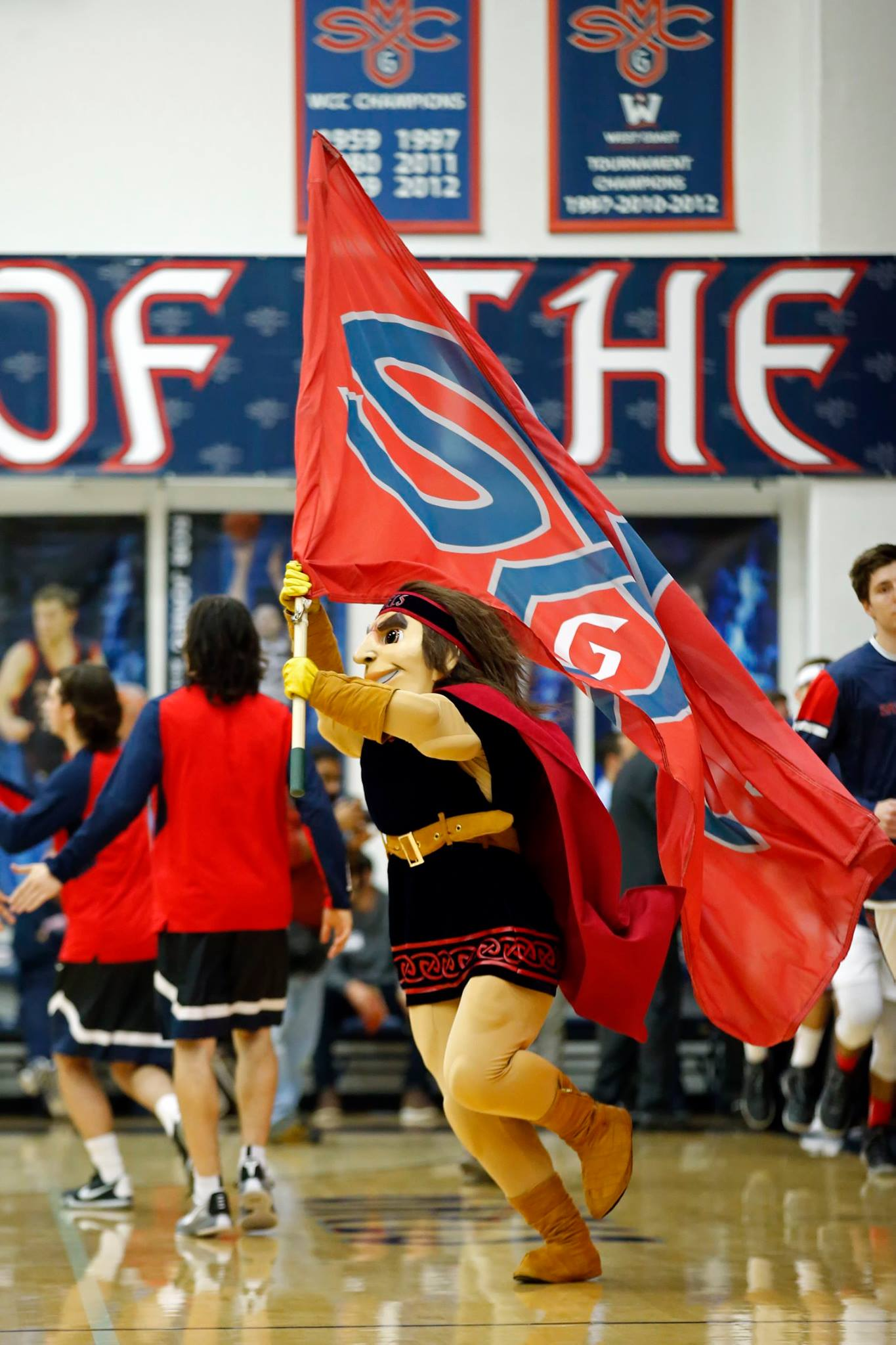 <p>Let's Go Gaels</p>