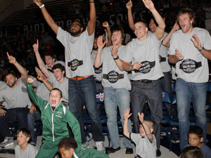 Gaels basketball team celebrates at Selection Sunday