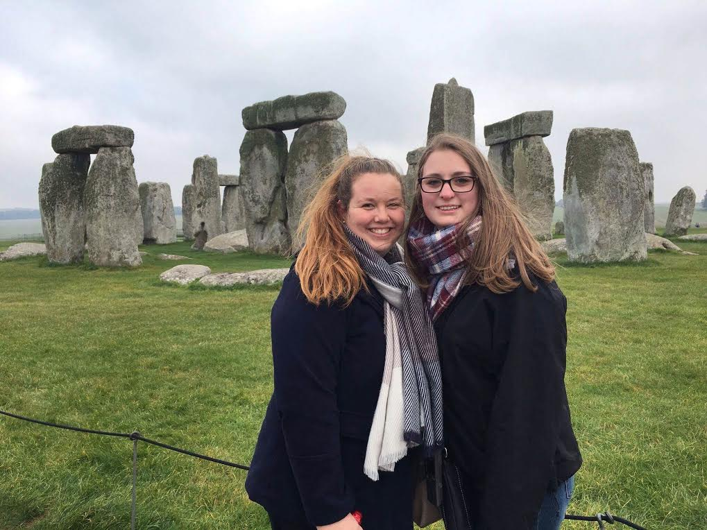 ANTHRO STUDENTS AT ANTHRO SITES! Carly and Alyse visit Stonehenge!