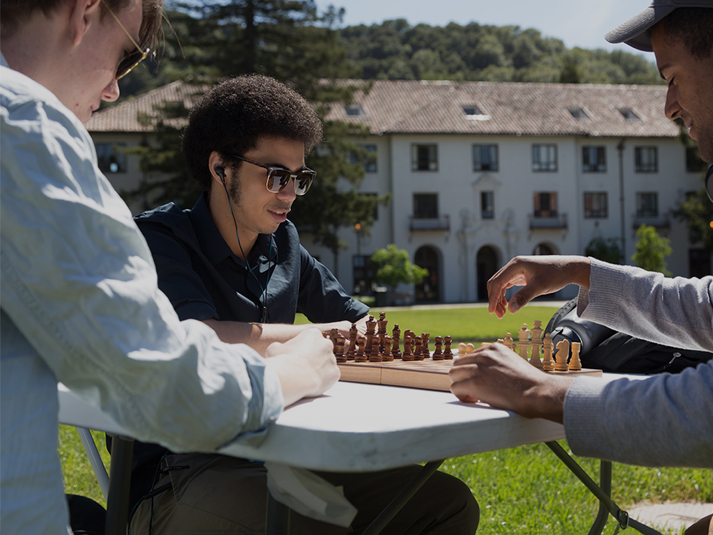 Make your next move. We're accepting first-year and transfer applications.