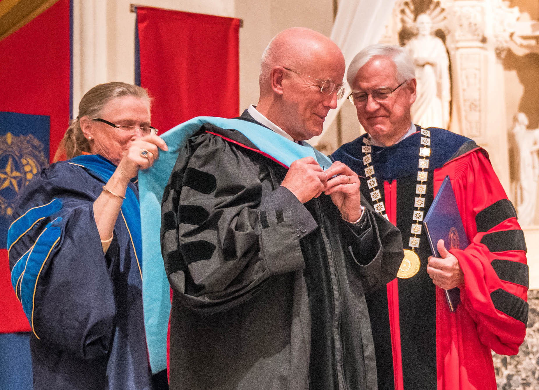 2017 Convocation Honoree Brother Peter Bray, FSC (center) with Saint Mary's President James Donahue and Vice President for Mission Carole Swain.