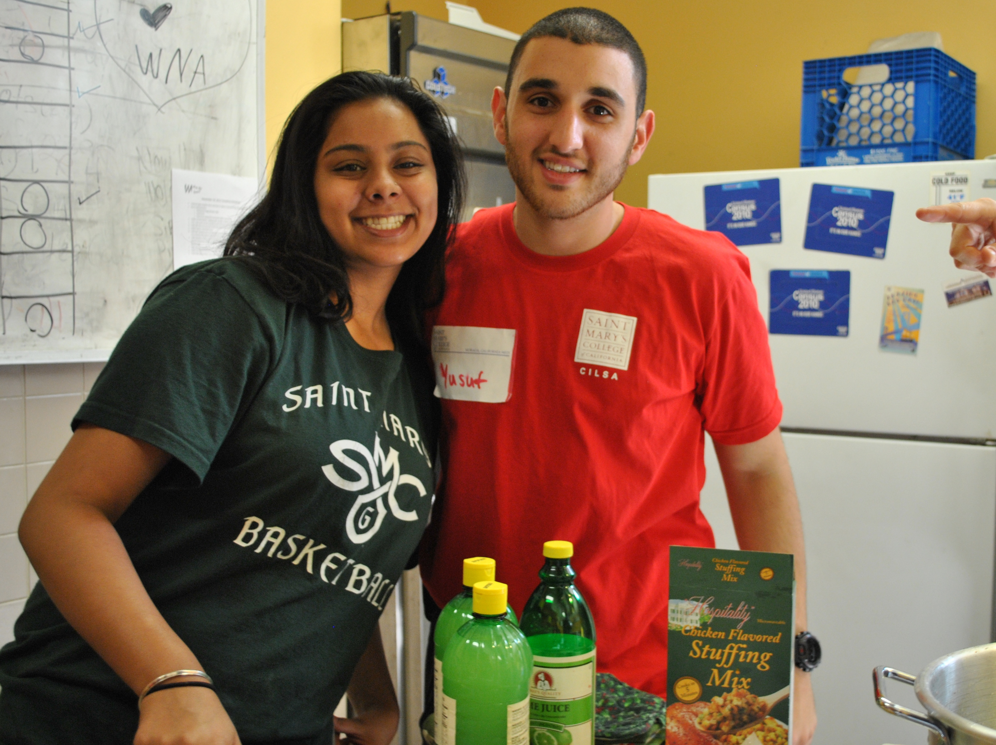 SMC student leaders at a local homeless shelter.