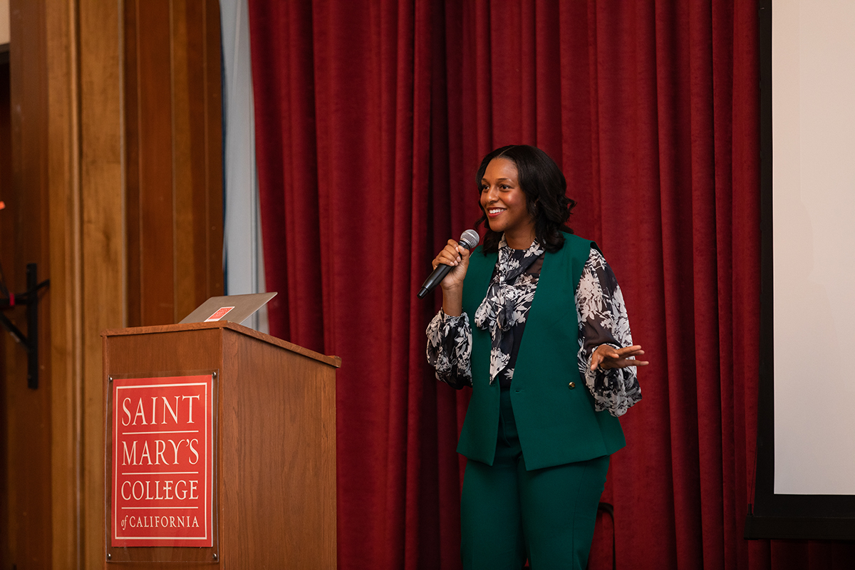 June Williams '06 talks to students about networking and taking chances.