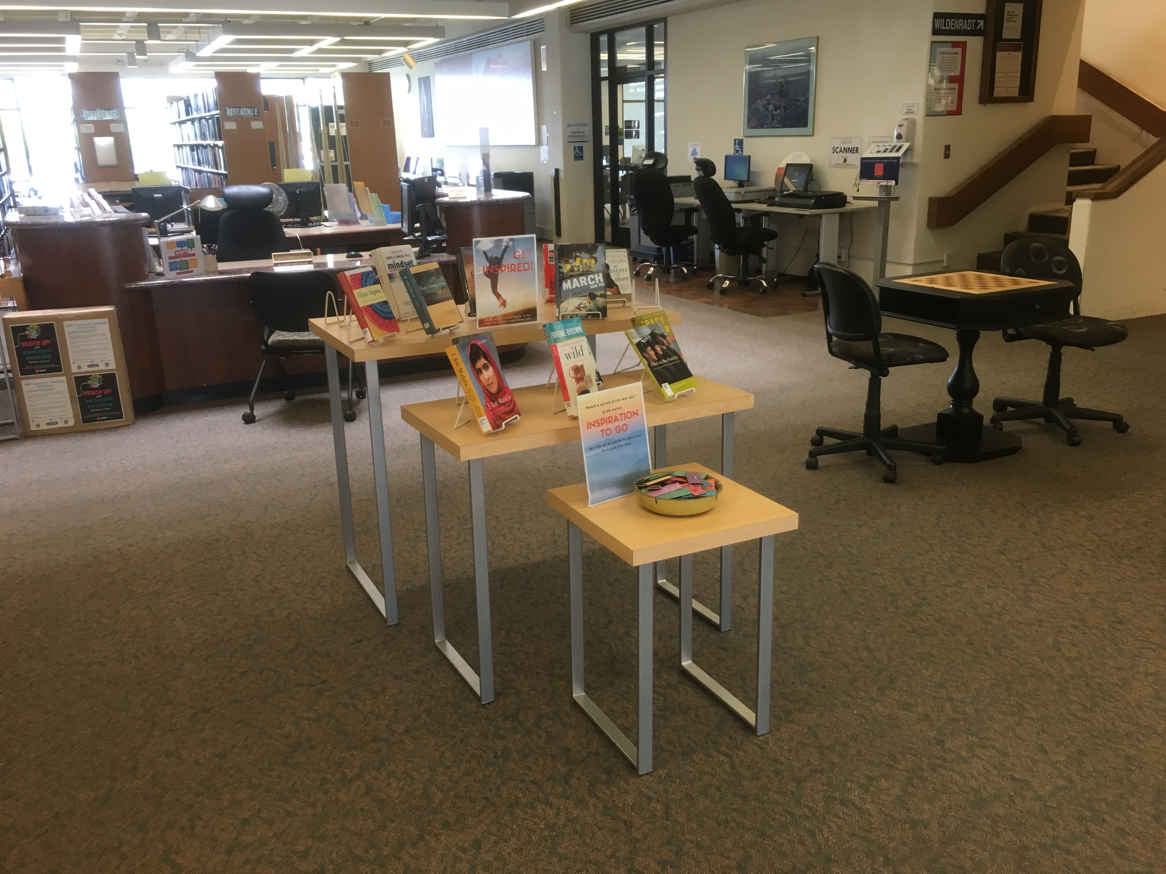 Library display tables