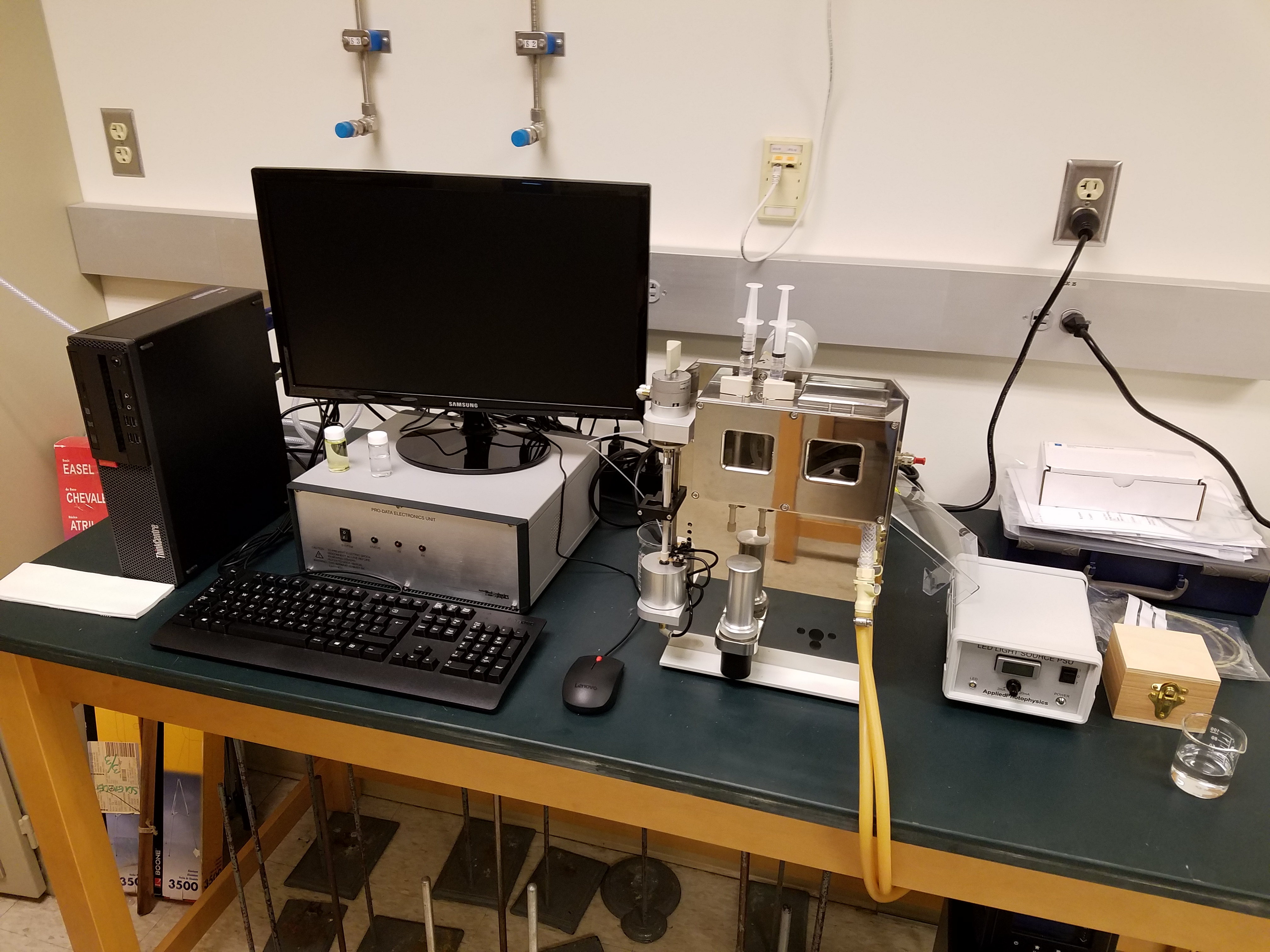 Stopped flow Fluorescence instrument