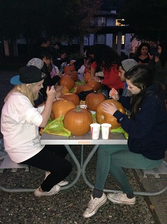 Pumkin Carving Event! (Sponsored by I-House, I-Club and Elements - Hip Hop & Social Justice Club)