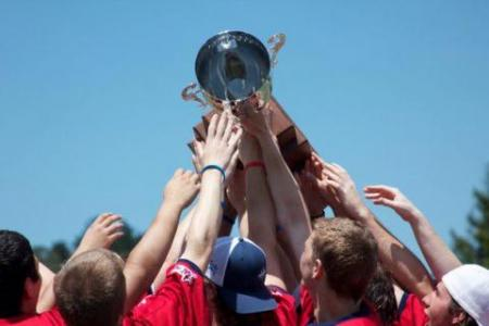 Gaels Celebrate Their 5th WCLL Championship