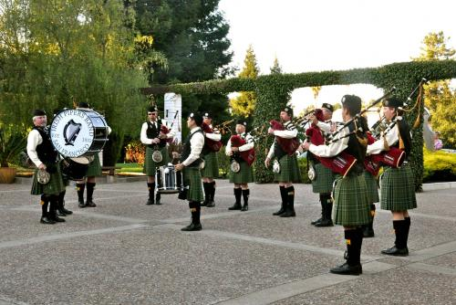 Members of the Irish Piper Band of San Francisco played before the Henning Institute's award ceremony.