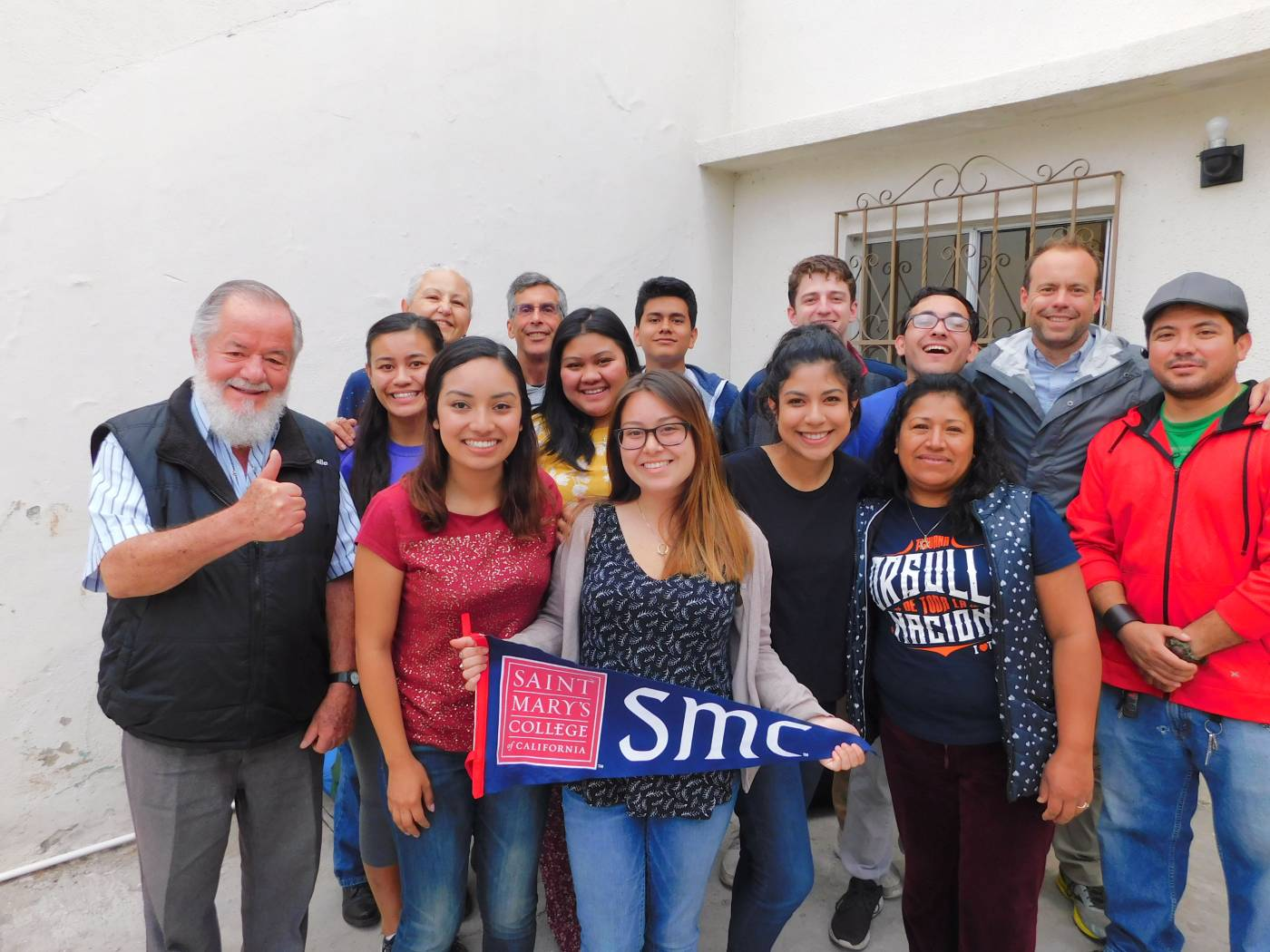 <p>Gaels with Christian Brothers in Tijuana </p>