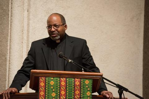 Rev. Edward Branch delivers the benediction at the Soulful & Sacred gospel concert.