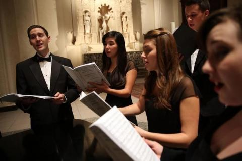 Chamber Choir sings in Chapel
