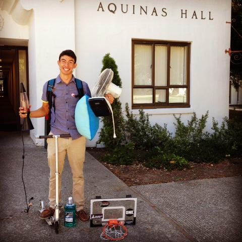 """""""I am excited for the 2014-15 SMC academic year because of the opportunities and experiences I will be able to offer to all transfer students that will live in Aquinas!"""" - Diego J. Ríos, Aquinas Hall"""