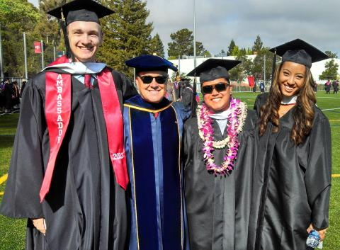 Kinesiology Graduates and Faculty at
