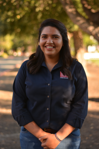 Eliana Batrez '20 is from San Jose  California. Eli is double majoring in communication and Spanish. When she is not writing or tutoring, she can be found working as a Jumpstart Team Leader for CILSA.