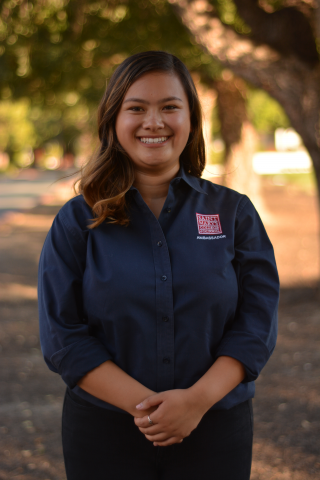 Kim Nguyen '20 is from Santa Clara, California. Kim is majoring in business administration and serves as the Treasurer and Secretary of the Red Cross Club. She can also be welcoming new students as an Orientation Leader.