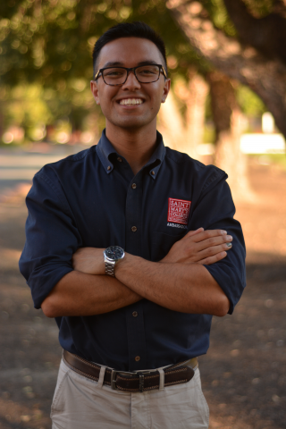 Rob Gonzalez '19 is an Ambassador Coordinator from Elk Grove, California. He is majoring in mathematics and computer science major. Rob is a Resident Advisor and can ne found serenading his tour guests while in the Chapel.