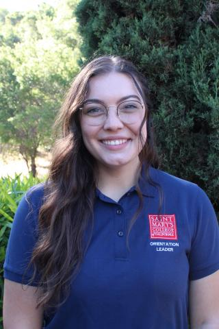 Hi there, my name is Felisha Dias! I am a senior Psychology major with a concentration in Child & Adolescent Development from Turlock Ca, the best cow town that ever was. I am a part of the Psychology Club, Portuguese Club, and Gael Force. I can't wait to meet you all!