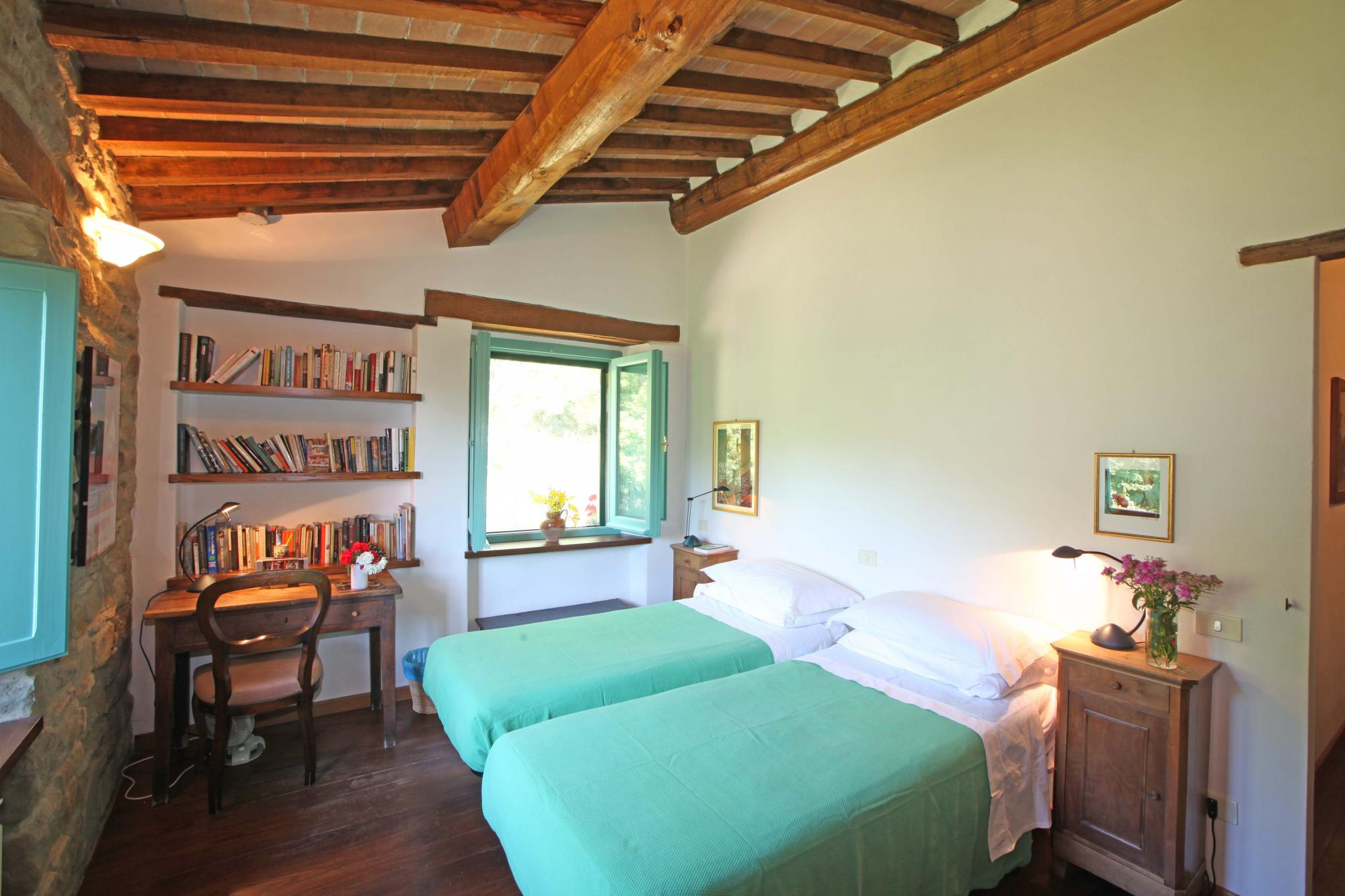La Quercia villa upstairs bedroom