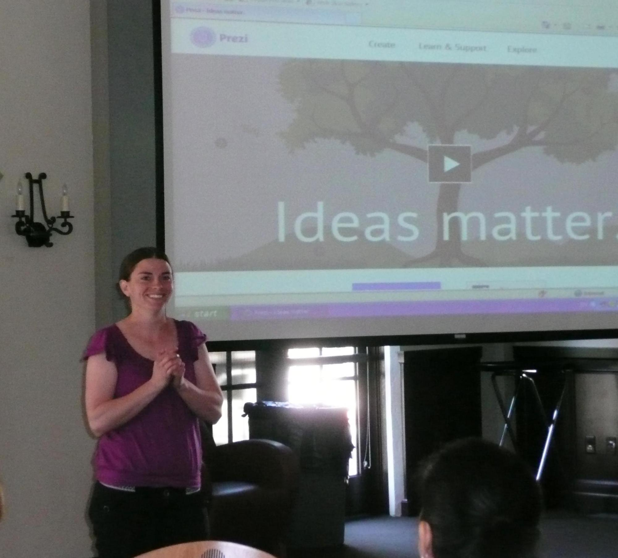 Staff Council Chair and librarian Alle Porter demonstrated Prezi, a spiffy new tool for creating presentations.