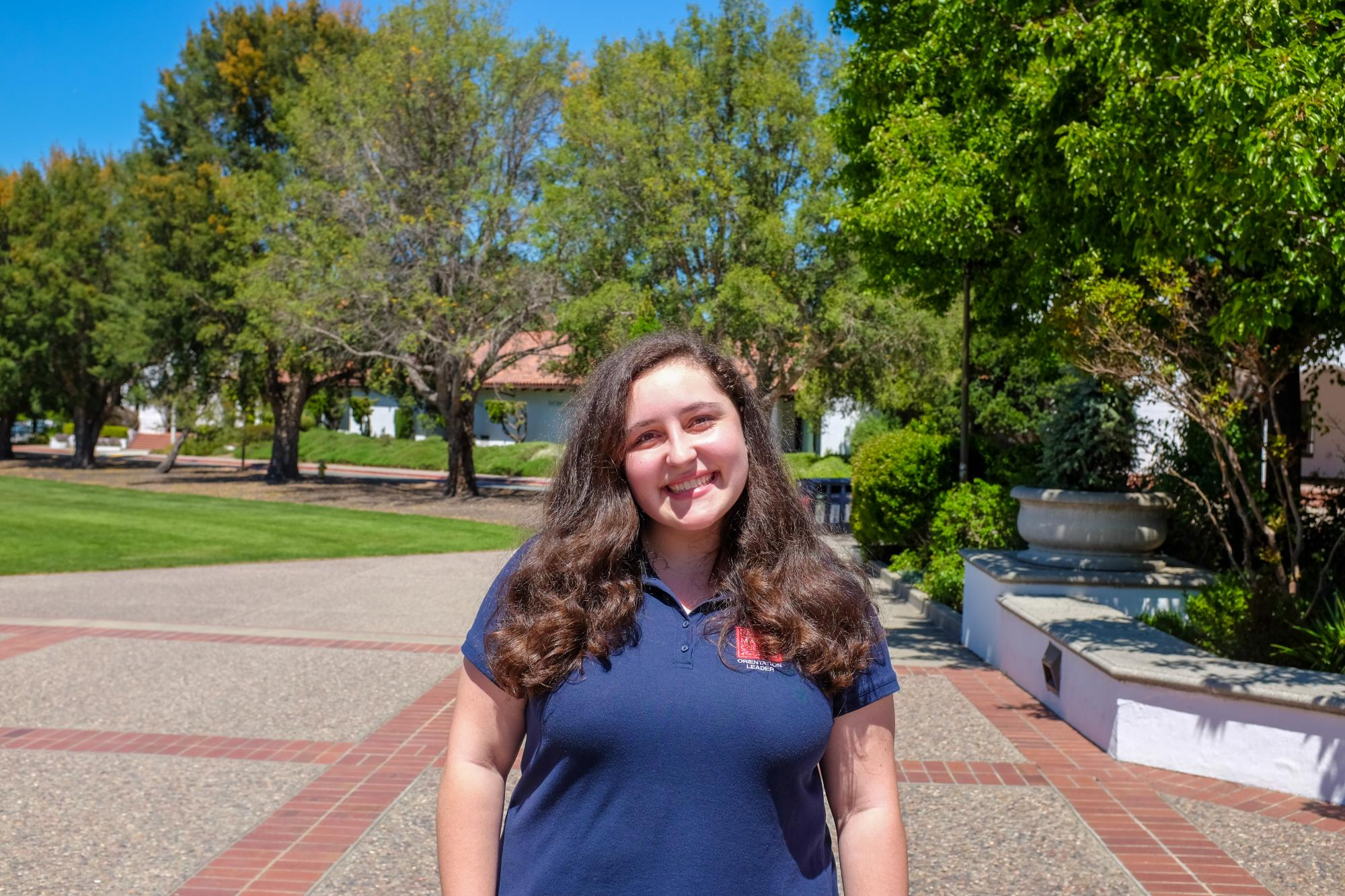 Hey y'all!! I'm Sophia Swinscoe, and I'm from Sacramento, CA, and I'm studying English with an emphasis on Film and Dramatic Arts. I love being a part of the KSMC exec team, the Dante club, & Gael Sisterhood, and I can't wait to hype up new Gaels (and introduce them to all the awesome activities on campus)!