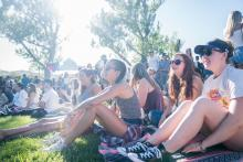 Students gathered in the Moraga Commons to listen to Marc E. Bassy perform.