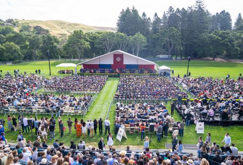 picture of commencement 2019